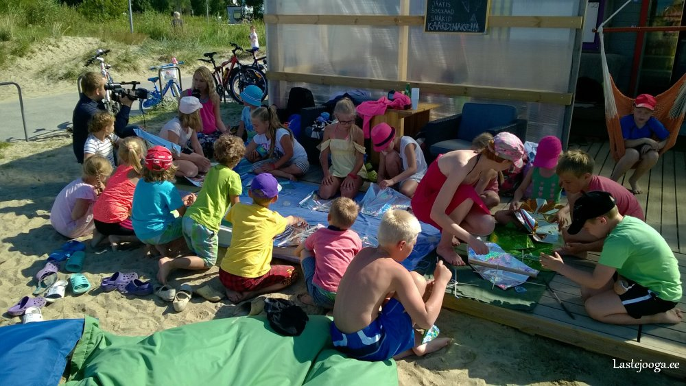Laste-jooga-ranna-ja-surfilaager15.jpg