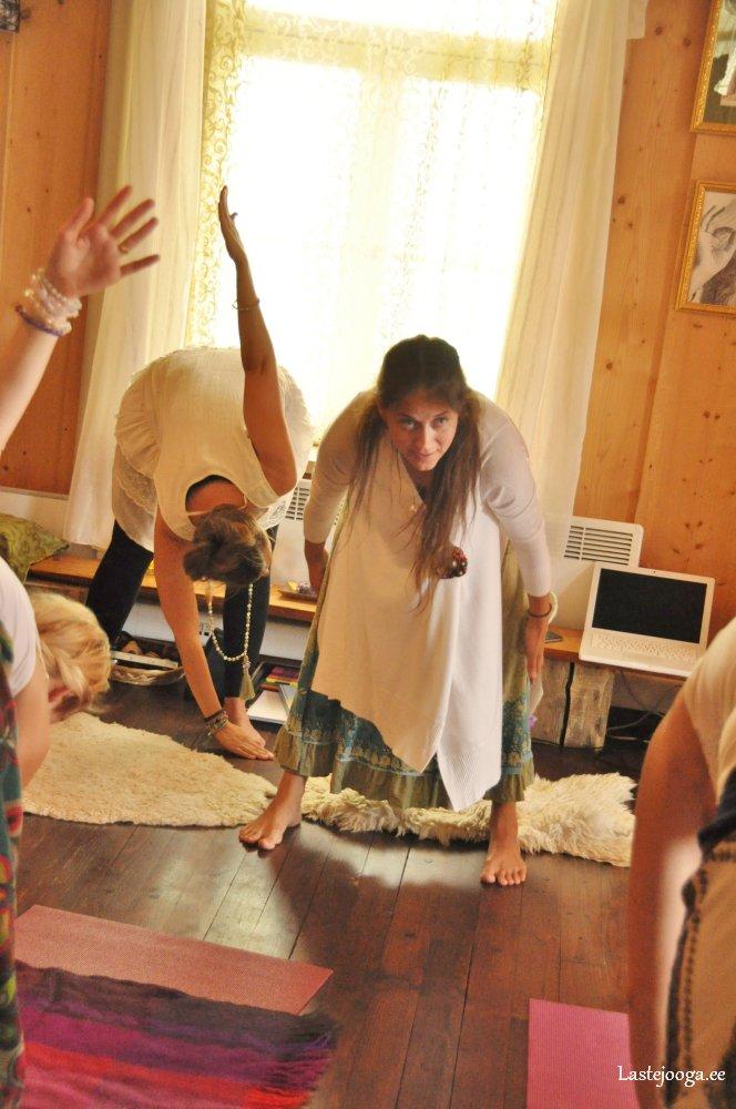 Laste-jooga-õpetajate-koolitus71.jpg