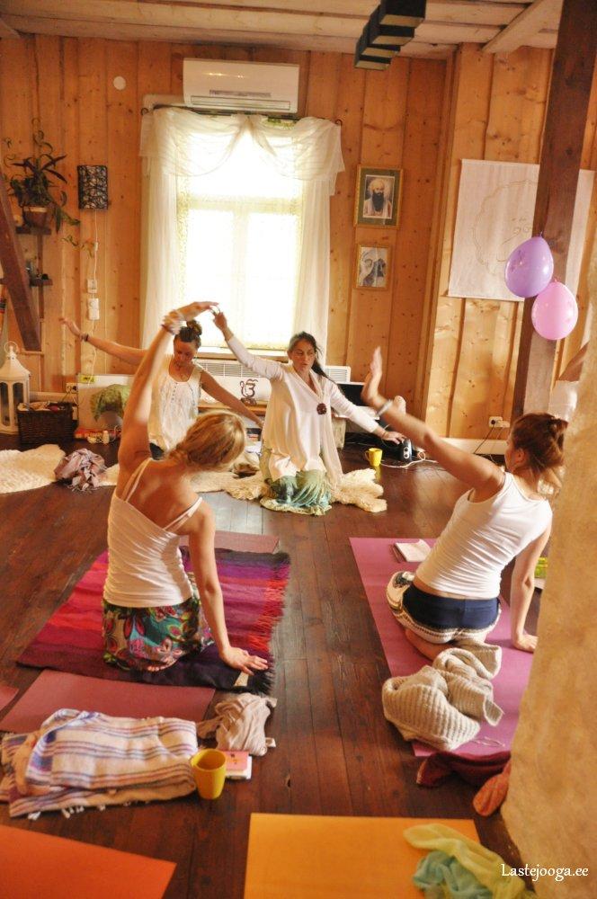 Laste-jooga-õpetajate-koolitus79.jpg