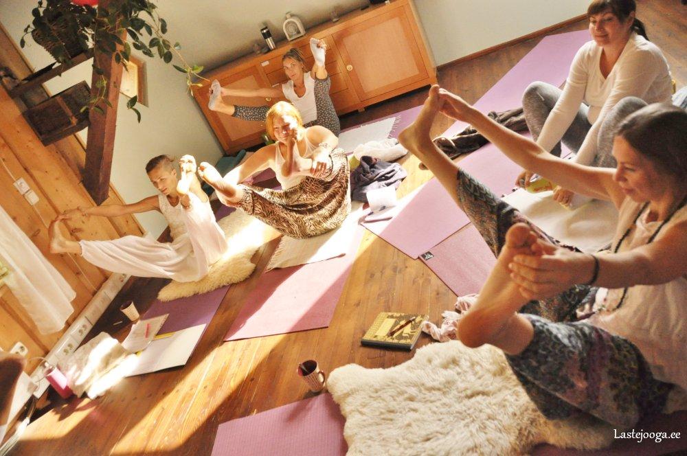 Laste-jooga-õpetajate-koolitus84.jpg