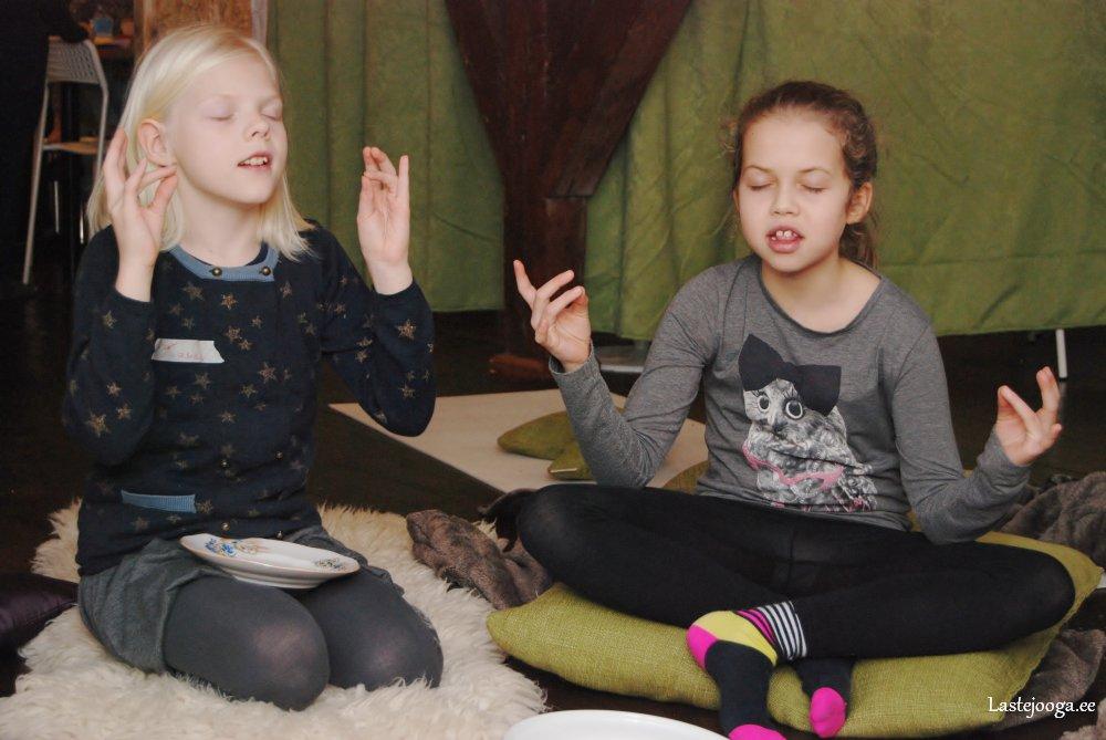 Laste-jooga-talvelaager-2014-13.jpg