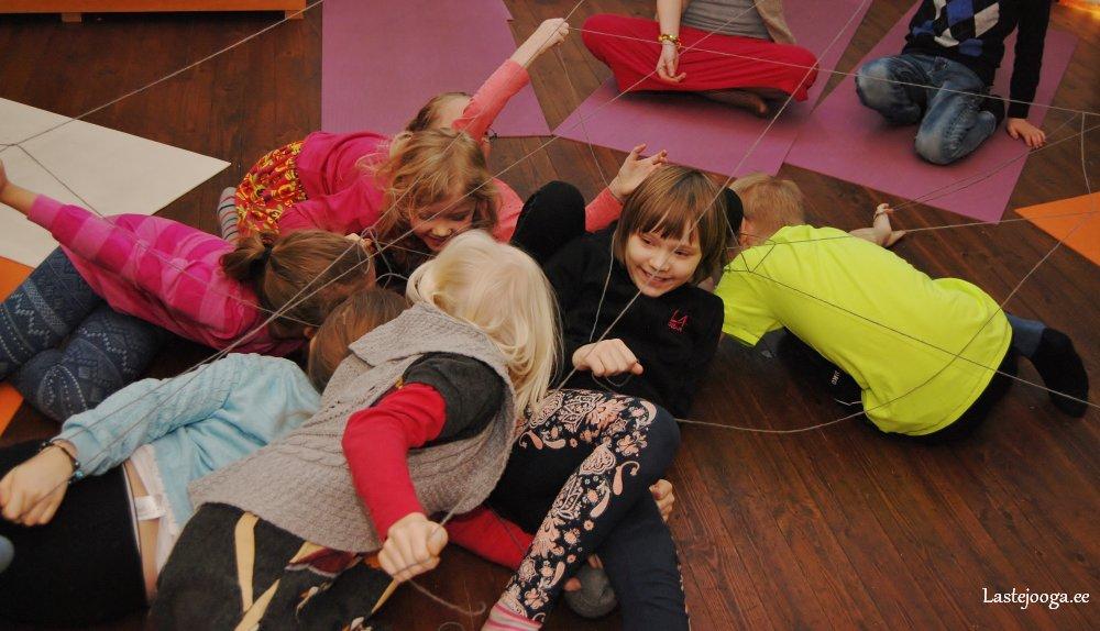 Laste-jooga-talvelaager-2014-15.jpg