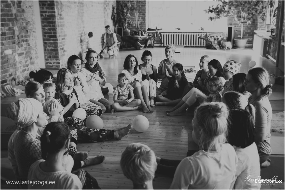 Laste-joogaopetajate-koolitus-2016-88.jpg